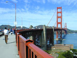Walk along Golden Gate Gridge and enjoy panoramas.